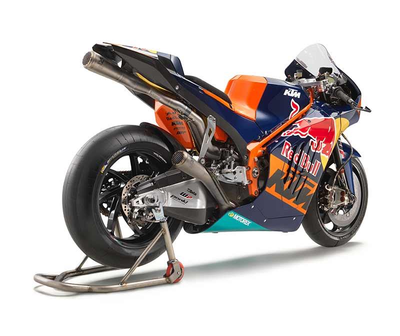 เปิดตัวแล้ว!! ยลโฉม KTM RC16 อสูรกายค่ายส้ม พร้อมลงฟัดโมโตจีพี 2017 | MOTOWISH 84