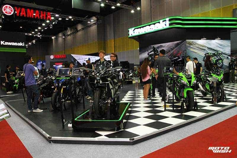 MotoWish Kawasaki BIG Motor Sale 2016 6 - Kawasaki จัดหนักขนทัพรถใหม่ล่าสุดทุกโมเดล เอาใจคอบิ๊กไบค์ในงาน Motor Expo 2016 - บริษัท คาวาซากิ มอเตอร์ เอ็นเตอร์ไพรส์ (ประเทศไทย) จำกัด ผู้ผลิตรถจักรยานยนต์บิ๊กไบค์ชั้นนำของโลก เปิดมอบประสบการณ์สุดพิเศษให้แก่นักขับขี่และผู้สนใจรถจักรยานยนต์บิ๊กไบค์ ด้วยการจัดแสดงโมเดลใหม่ล่าสุดของปี 2017