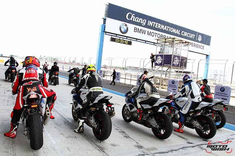 motowish-bmw-motorrad-track-experience-chang-citcuit-2016-23