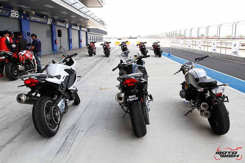motowish-bmw-motorrad-track-experience-chang-citcuit-2016-24