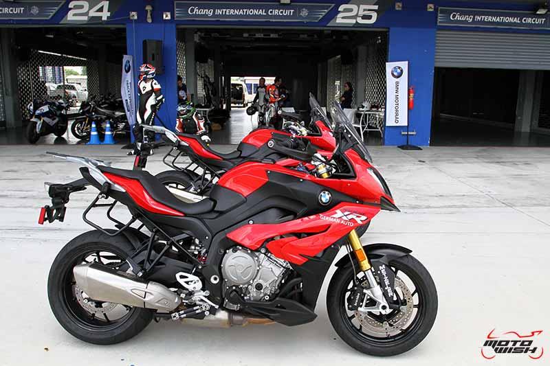 motowish-bmw-motorrad-track-experience-chang-citcuit-2016-29