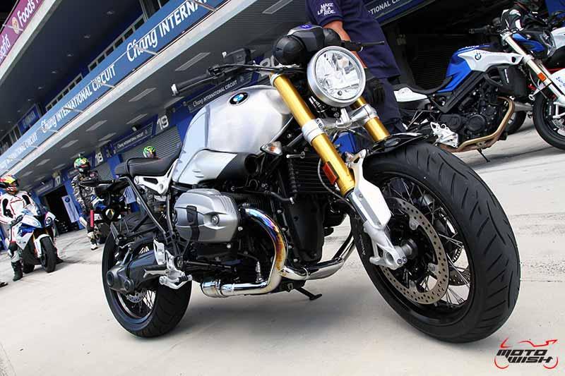 motowish-bmw-motorrad-track-experience-chang-citcuit-2016-31