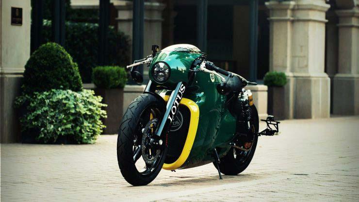 MotoWish Lotus C 01 Motorcycle Sales 05 - SuperBike มือสองราคา 15 ล้านบาทไทย เห้ยยแพงอะไรจะปานนั้น...ใครเป็นเจ้าของ !!! - SuperBike สองล้อจากสุดยอดผู้ผลิตรถซุปเปอร์คาร์ยี่ห้อ Lotus ซึ่งได้บรรจงนำสุดยอดของวัสดุแต่ละชิ้นส่วนมาประกอบเข้าด้วยกัน เพื่อให้เป็นรถมอเตอร์ไซค์สุดโต่งในสายการผลิตของ Lotus ไปดูกันว่าทำไมราคาถึงได้แพงอะไรขนาดนี้