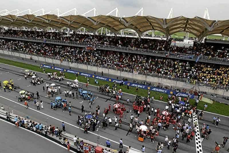 บินไปดู MotoGP ที่สนามเซปัง ประเทศมาเลเซีย ด้วยงบเพียง 6,999 บาทเท่านั้น !!! | MOTOWISH 12