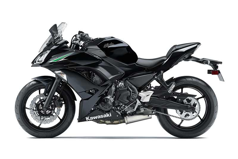 motowisj-kawasaki-ninja-650-black