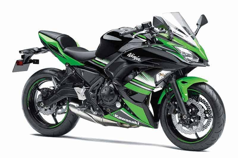 คลาสครึ่งพันระอุเมื่อ Kawasaki Ninja 650 ออกโมเดลใหม่ปี 2017 (Intermot 2016) | MOTOWISH 78