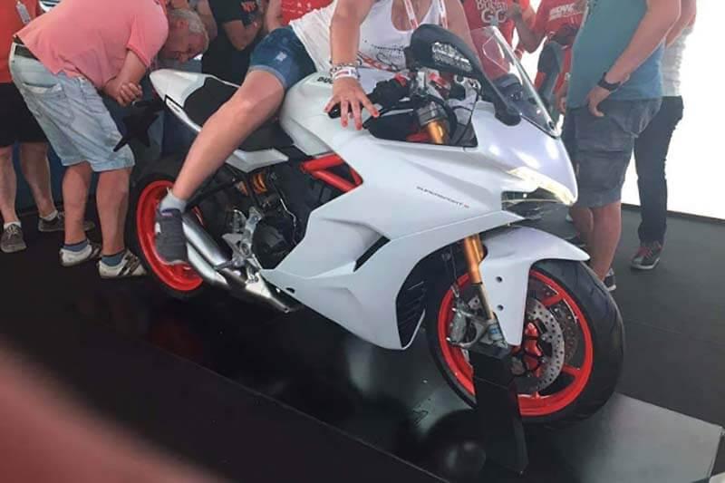 Ducati Monster, Multistrada, Panigale ยกทัพปรับใหม่รับปี 2017 | MOTOWISH 93