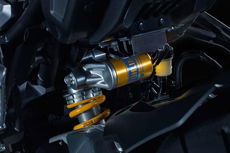 Yamaha MT-10 SP 2017 ยกระดับไปอีกขั้น เสริมออฟชั่นจาก R1M (Intermot 2016)   MOTOWISH 22
