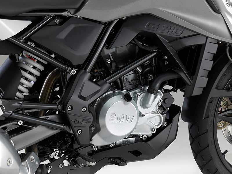 เผยโฉม BMW G310GS ลุยแบบพริ้วๆ ชิลด์ไปกับแอดเวอร์เจอร์ไบค์ไซส์ 300 ซีซี (EICMA 2016) | MOTOWISH 10