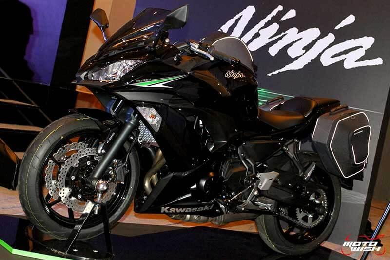 MotoWish 2017 Kawasaki Ninja 650 05 - เปิดตัวในไทย Kawasaki Ninja 650 2017 โฉมใหม่สปอร์ตถอดแบบ ZX-10R พร้อมราคาขาย - ในที่สุด Kawasaki Thailand ได้เปิดตัว Ninja 650 2017 อย่างเป็นทางการในประเทศไทย หลังจากได้เปิดตัวไปในงาน Intermot 2016 ที่เยอรมันก่อนหน้านี้ Kawasaki Ninja 650 2017 มาด้วยรูปลักษณ์โฉบเฉี่ยวตามแบบฉบับของ Ninja ซูเปอร์สปอร์ตจากคาวาซากิ เครื่องยนต์