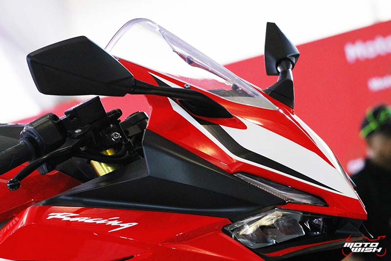 MotoWish CBR250RR2017 01 - Preview : CBR250RR 2017 สเต็ปนี้ขายในไทยเปิดราคาเท่าไรดี !!! - สวยงามน่ากราบเป็นอย่างยิ่งกับรถเอ็นทรี่คลาส Honda CBR250RR 2017 ช็อตเด็ดจากรถจริงที่จะออกวางจำหน่าย โดยทางทีมงานเก็บภาพมาฝากจากสนามเซปัง ดีเทลแบบนี้เพื่อนๆว่าถ้าขายในเมืองไทยเปิดราคาเท่าไรดี