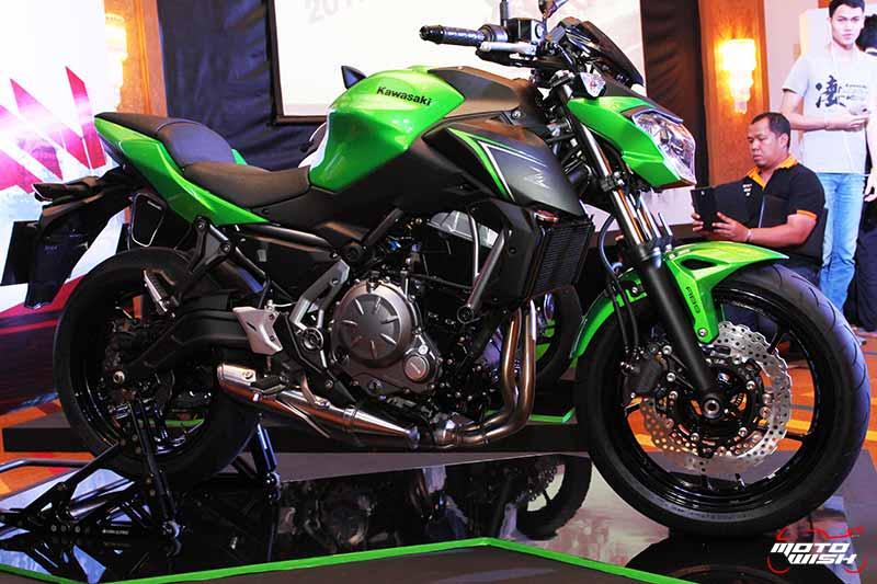 MotoWish Kawasaki Z650 2017 1 - Kawasaki จัดหนักขนทัพรถใหม่ล่าสุดทุกโมเดล เอาใจคอบิ๊กไบค์ในงาน Motor Expo 2016 - บริษัท คาวาซากิ มอเตอร์ เอ็นเตอร์ไพรส์ (ประเทศไทย) จำกัด ผู้ผลิตรถจักรยานยนต์บิ๊กไบค์ชั้นนำของโลก เปิดมอบประสบการณ์สุดพิเศษให้แก่นักขับขี่และผู้สนใจรถจักรยานยนต์บิ๊กไบค์ ด้วยการจัดแสดงโมเดลใหม่ล่าสุดของปี 2017