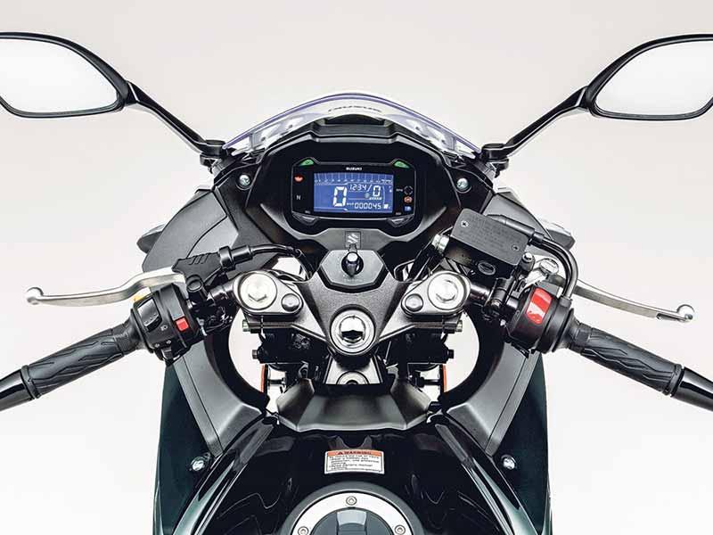 motowish-suzuki-gsx250r-2017-dashboard
