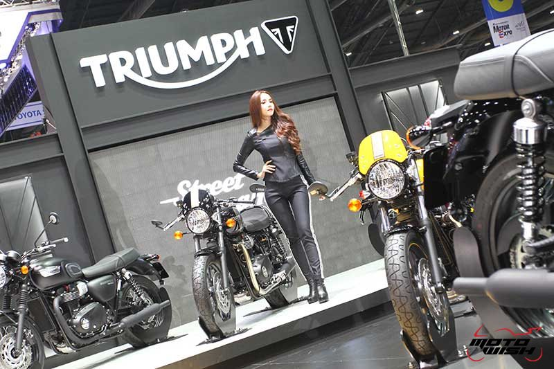 Motowish Moto Expo 2016Triumph 5 - Triumph เปิดตัว 5 รุ่นใหม่ มีไฮไลท์ Bonneville Bobber และ Street Scrabler ให้สัมผัสครั้งแรกในเอเชีย  (Motor Expo 2016) - ถือเป็นปรากฏการณ์สุดเอ็กซ์คลูซีฟ เมื่อ Triumph Motorcycle Thailand เปิดตัวสุดยอดไฮไลท์แห่งปี บอนเนวิลล์ บอบเบอร์ (Bonneville Bobber) และ สตรีท สแครมเบลอร์ (Street Scrambler) เป็นครั้งแรกในเอเชีย โดยทั้ง 2 รุ่น มาพร้อมเทคโนโลยีสุดล้ำสมัยแต่ยังคงเอกลักษณ์ตามแบบฉบับบอนเนวิลล์ไว้อย่างครบถ้วน