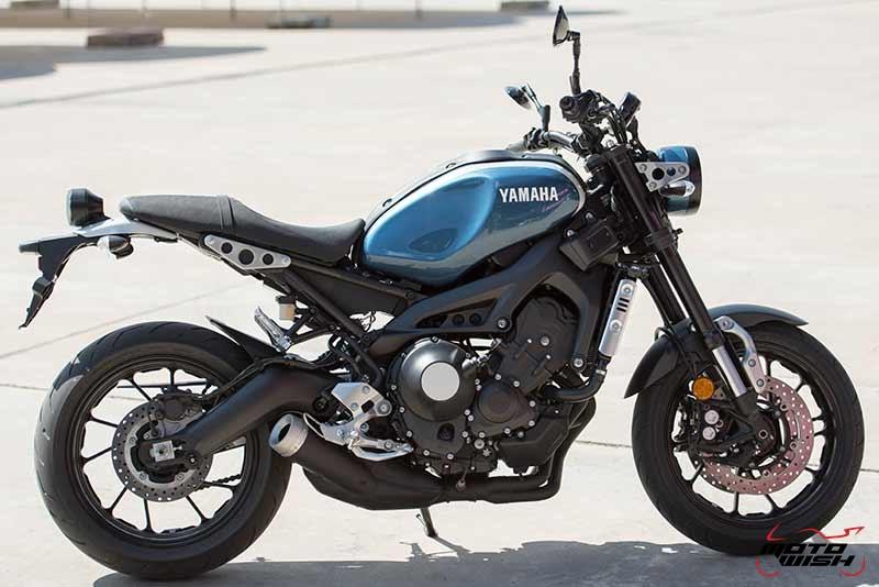 """Motowish Yamaha XSR 900 7 - Review : Yamaha XSR900 เท่ห์บาดใจ เรทโทรไบค์ หัวใจสปอร์ต - """"แต่ดูรวมๆ แล้วมีเสน่ห์เหลือเกิน ไม่ต้องมาเขิน ฉันพูดจริงๆ เธอมีเสน่ห์มากมาย จะน่ารักไปไหน อยากจะได้แอบอิง ยิ่งดูยิ่งมีเสน่ห์"""" แหม่!! อารมณ์ดีดี๊ มันใช่เลยกับความรู้สึกแบบนี้ รอคอยกันมาแรมปีกับของดีที่ Yamaha Riders' Club Thailand นำมาให้สาวกได้จับจองเป็นเจ้าของกันแล้ว สำหรับ Yamaha XSR 900 รถสปอร์ตคลาสสิคเรทโทร ทั้งชิค ทั้งไฮโซ เทคโนโลยีโก้ๆ และสมรรถนะเต็มคัน"""