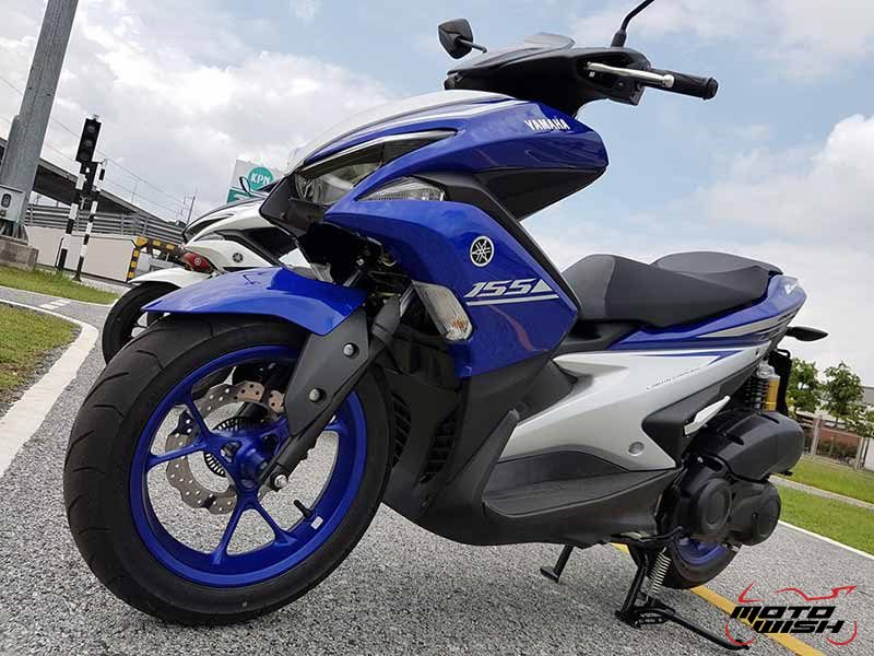 Yamaha Aerox 155 7 - Yamaha Aerox 155 cc. สปอร์ตออโตเมติกเต็มพิกัดล้ำเทคโนโลยี - บจ.ไทยยามาฮ่ามอเตอร์ เปิดตัวรถรุ่นใหม่ Yamaha Aerox 155 cc. ยามาฮ่า แอร็อกซ์ 155 ซีซี สปอร์ตออโตเมติกเต็มพิกัดจัดเต็มด้วยเทคโนโลยี ที่ตอบสนองความต้องการของผู้ที่ชื่นชอบรถ Sport Performance AT