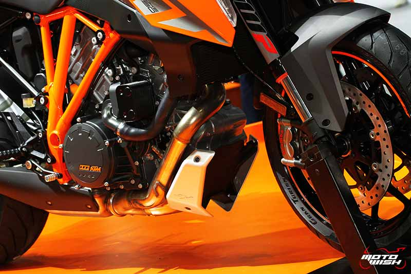 motowish-ktm-1290-super-duke-gt-motor-expo-2016-1
