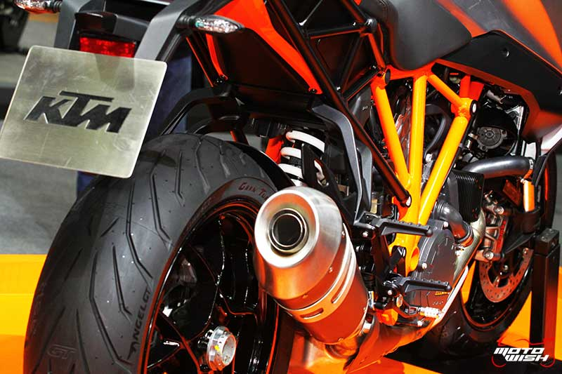 motowish-ktm-1290-super-duke-gt-motor-expo-2016-4