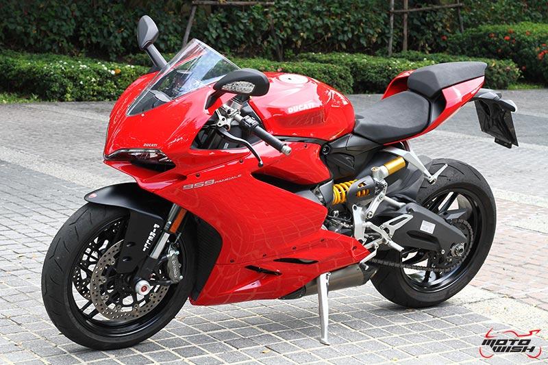 Review : Ducati 959 Panigale หล่อ หรู แบบมีเอกลักษณ์   MOTOWISH 100