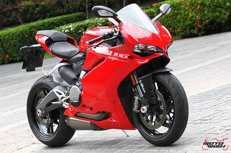 Review : Ducati 959 Panigale หล่อ หรู แบบมีเอกลักษณ์   MOTOWISH 104