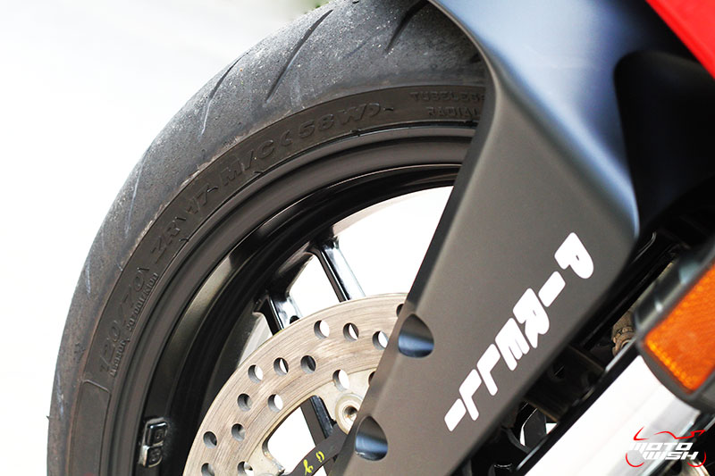 Review : Ducati 959 Panigale หล่อ หรู แบบมีเอกลักษณ์   MOTOWISH 114