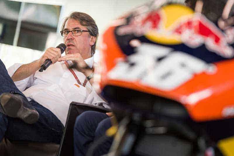 KTM ปั้นรถสไตส์ MotoGP ดีกรี 240 แรงม้า ออกขายปี 2018 | MOTOWISH 51