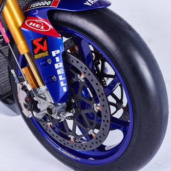 motowish-Yamaha-YZF-R1-World-Superbike-Race-Bike-12