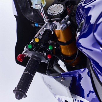 motowish-Yamaha-YZF-R1-World-Superbike-Race-Bike-24