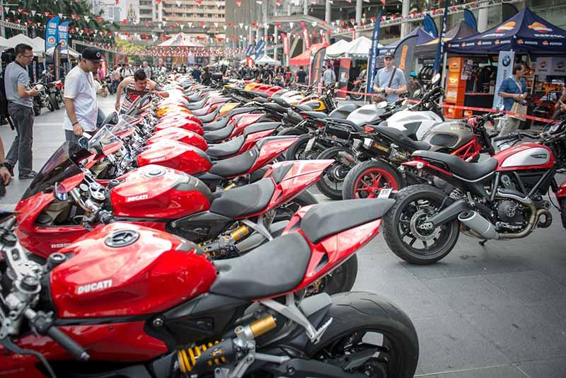 Ducati กว่าร้อยคันร่วมโชว์ในงาน Bangkok Motorbike Festival 2017 | MOTOWISH 1