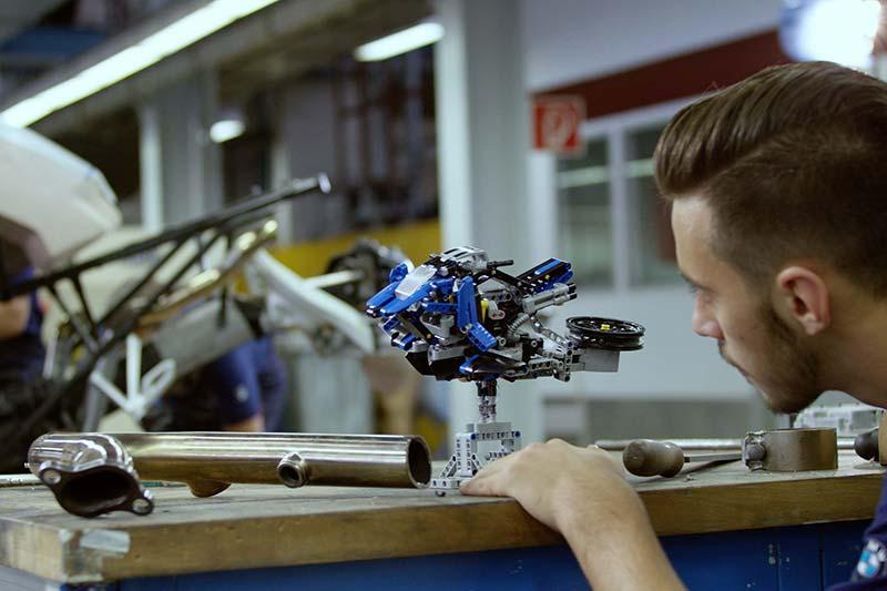 MW-BMW-Motorrad-Lego-Hover-Ride-Design-Concept-1