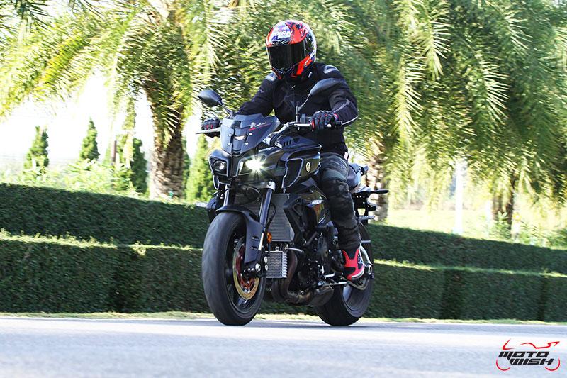 รีวิว Yamaha MT-10 Super Naked Transformers แรงส์ หลุด ทะลุจอ | MOTOWISH 9