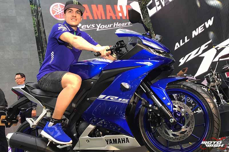 MotoWish-Vinales-Opening-All-New-Yamaha-YZF-R15-2017-Vinales