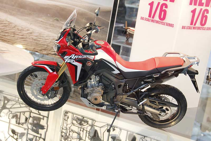 Tamiya-model-kit-Africa-Twin