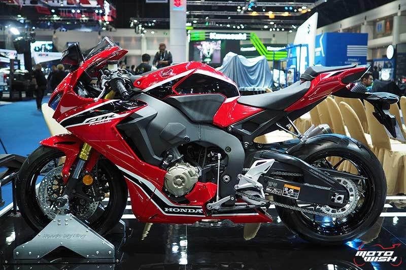 Honda เปิดราคา CBR1000RR 6.43 แสน & CBR1000RR SP 7.79 แสน จอง 30 คันแรก ร่วมทดสอบ RC213V-S ฟรี (Motor Show 2017) | MOTOWISH 151