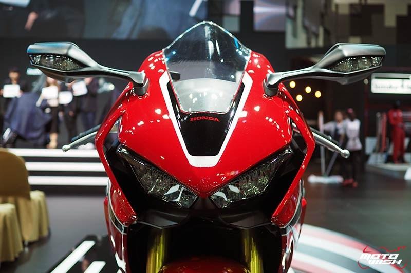 Honda เปิดราคา CBR1000RR 6.43 แสน & CBR1000RR SP 7.79 แสน จอง 30 คันแรก ร่วมทดสอบ RC213V-S ฟรี (Motor Show 2017) | MOTOWISH 152