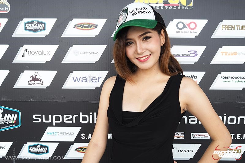 Motowish-Pretty-PitWalk-1