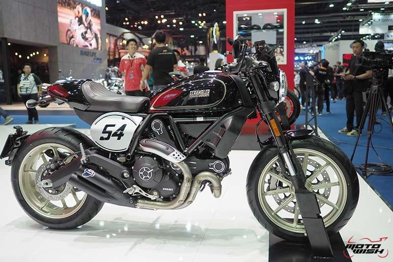 Ducati เปิดตัว Scrambler ใหม่ 2 รุ่น Cafe Racer ได้ใจสายหล่อ & Desert Sled เอาใจสายลุย (Motor Show 2017) | MOTOWISH 108