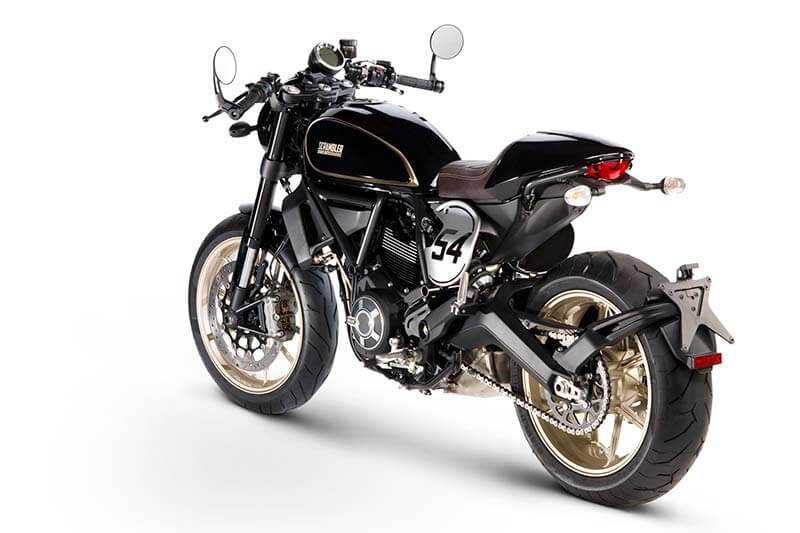 Ducati เปิดตัว Scrambler ใหม่ 2 รุ่น Cafe Racer ได้ใจสายหล่อ & Desert Sled เอาใจสายลุย (Motor Show 2017) | MOTOWISH 109