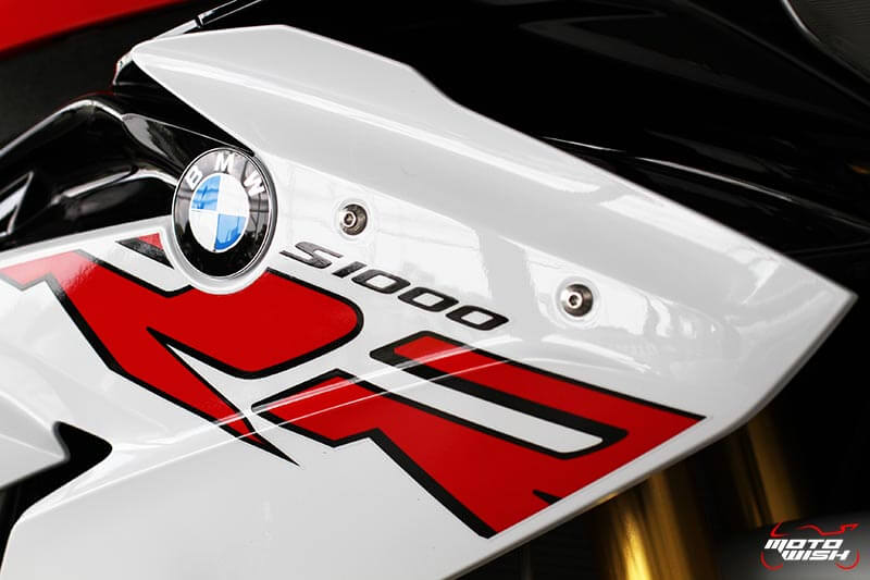 MotoWish-BMW-S1000RR-2017-Price-Color-Spec-7