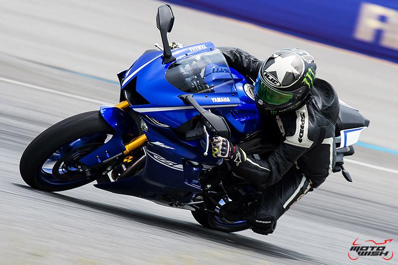 MotoWish-Review-Yamaha-YZF-R6-2017-1-42