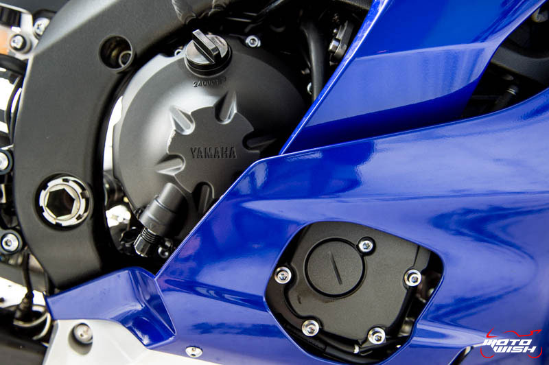 MotoWish-Review-Yamaha-YZF-R6-2017-22
