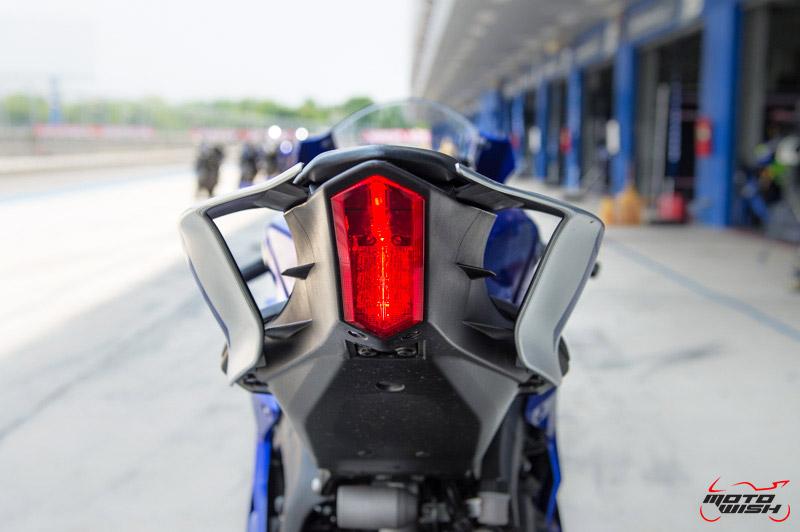 MotoWish-Review-Yamaha-YZF-R6-2017-24