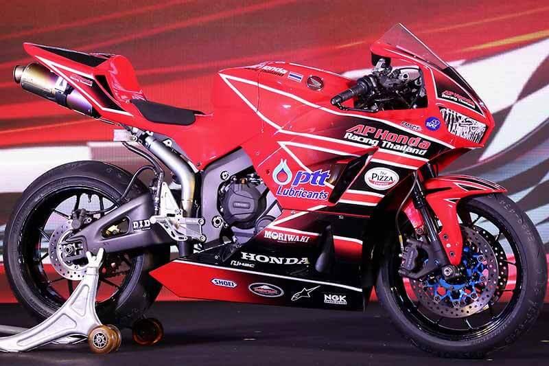 MotoWish-AP-Honda-Racing-Thailand-Suzuka-Endurance-8-HRs-2017-2