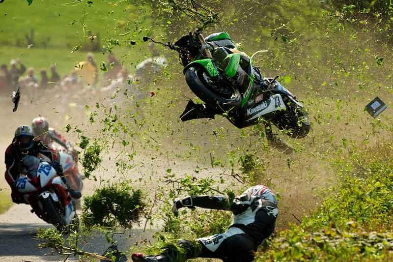 สุดยอดการแข่งขันรถ Superbike บนถนนแบบถูกกฏหมาย Isle Of Man TT ชัยชนะที่ต้องแลกด้วยชีวิต | MOTOWISH 110
