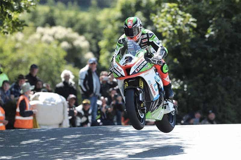 MotoWish-Isle-Of-Man-TT-2017-Race-Reply