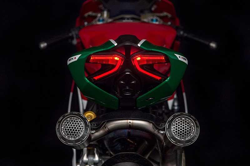 เปิดตัว Ducati 1299 Panigale R Final Edition ตำนานพานิกาเล่รุ่นสุดท้ายที่ใช้เครื่อง L-Twin | MOTOWISH 13