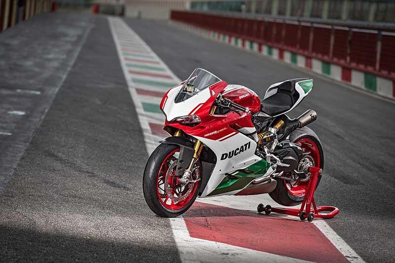 เปิดตัว Ducati 1299 Panigale R Final Edition ตำนานพานิกาเล่รุ่นสุดท้ายที่ใช้เครื่อง L-Twin | MOTOWISH 9