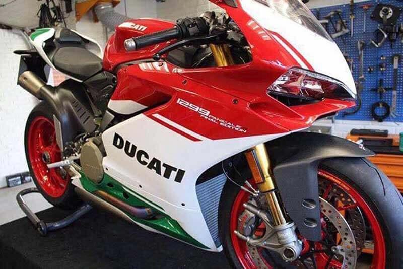 ชมภาพหลุดตัวเป็นๆ Ducati 1299 Panigale R Final Edition ก่อนเปิดตัวจริงที่สนาม Laguna Seca สหรัฐอเมริกา | MOTOWISH 89