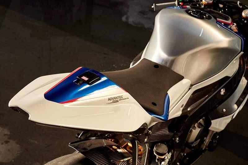 BMW-HP4-Race-08