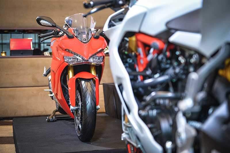 Ducati-SuperSport-1